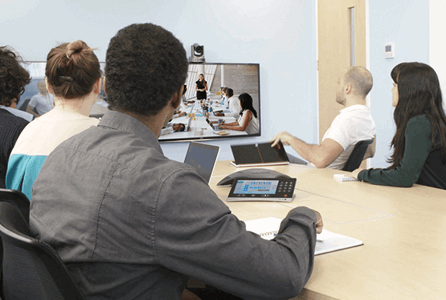 StarLeaf Premier Partner - Colleagues have a meeting with remote conferencing
